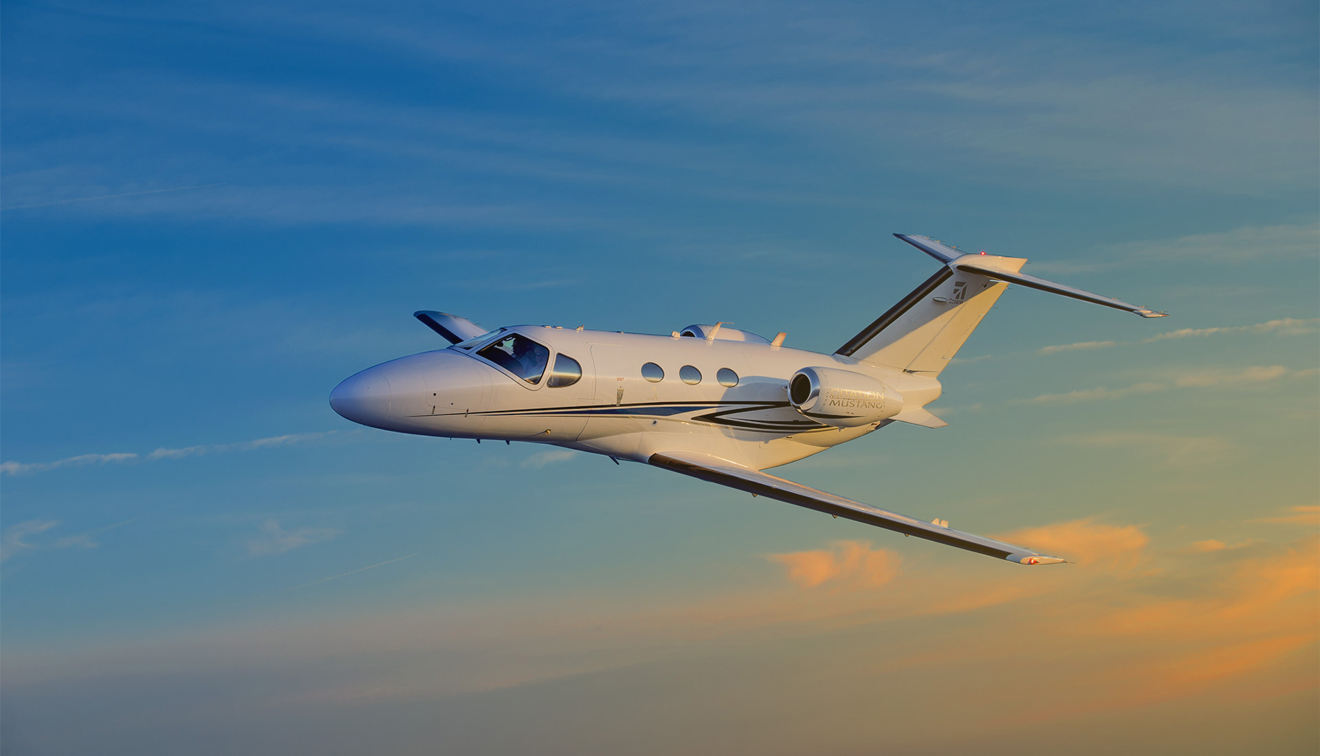 Cessna Citation Mustang in flight