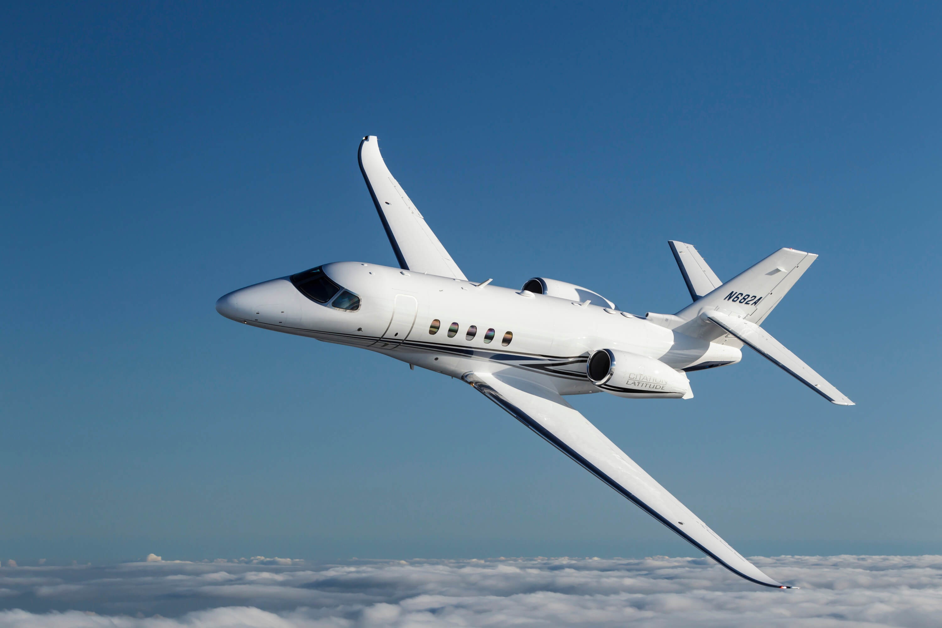 http://txtav.com/-/media/textron-aviation/images/news-events/media-gallery/jets/citation-latitude/kit/flight_04.ashx