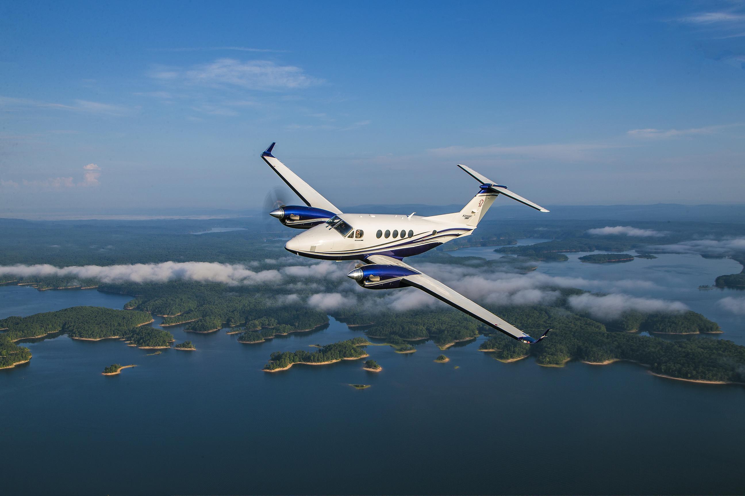 king-air-260-in-flight.ashx