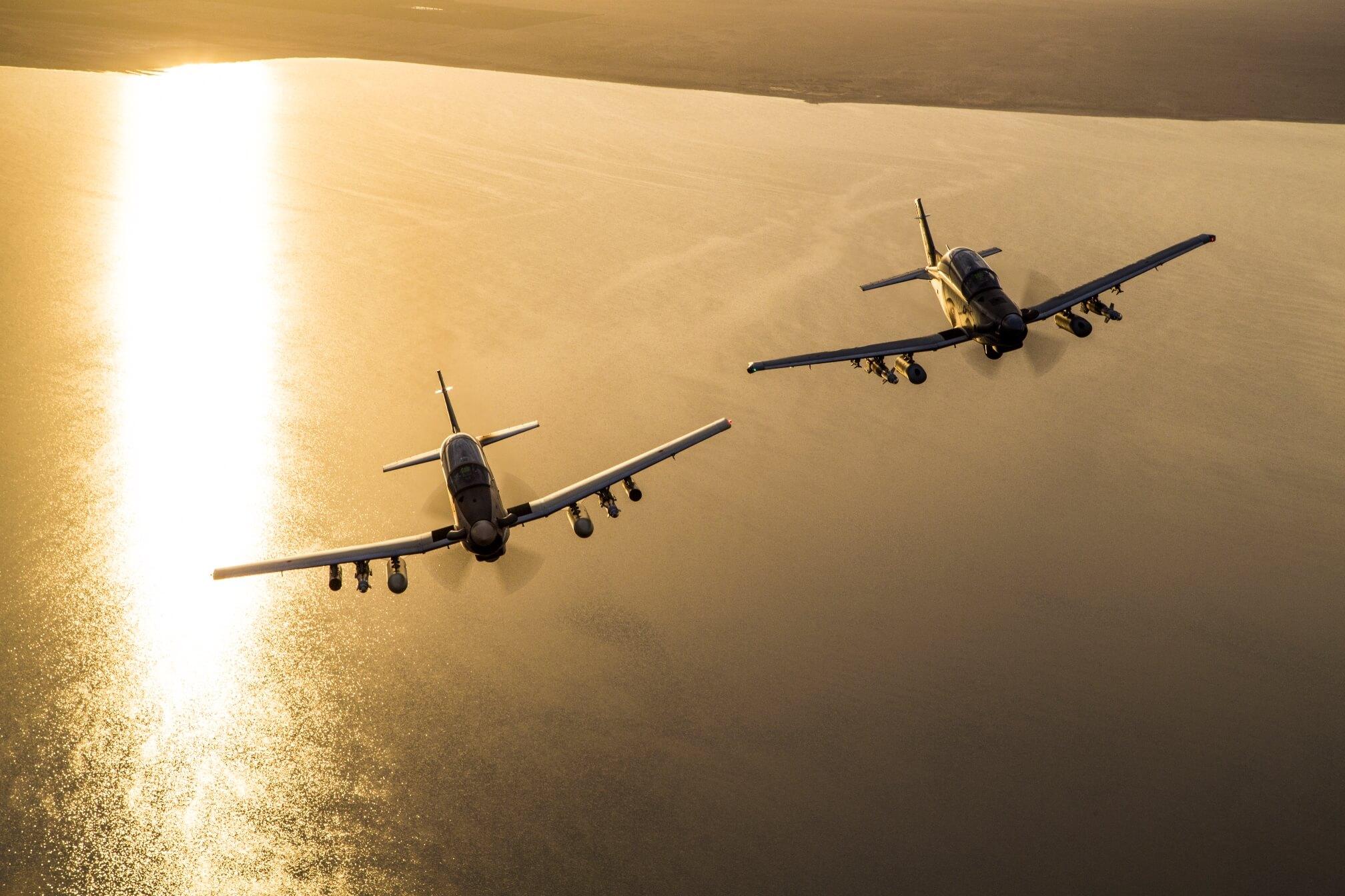 Лесни борбени авиони - Пропелери - Page 2 At-6_newsroom_3