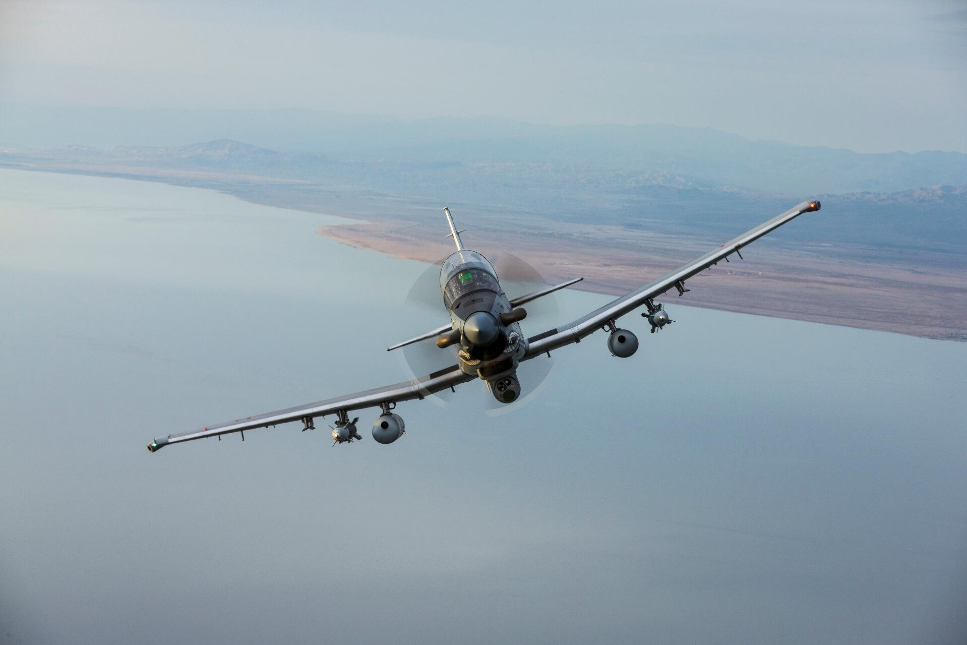 Лесни борбени авиони - Пропелери - Page 2 At-6_newsroom_5
